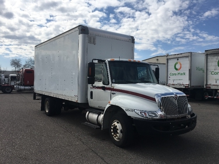 Medium Duty Box Truck-Light and Medium Duty Trucks-International-2012-4300LP-BROOKLYN PARK-MN-228,239 miles-$20,750