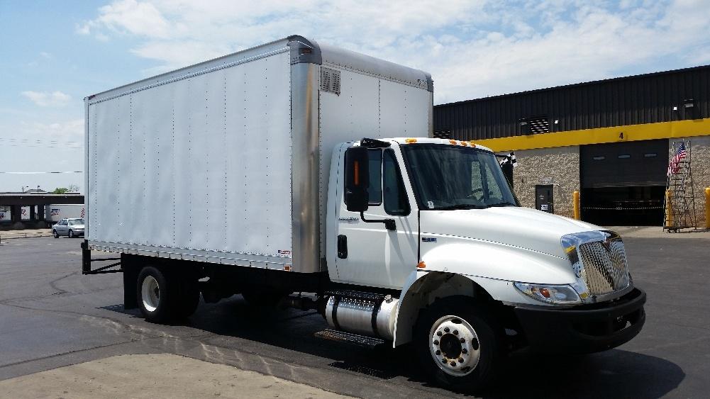 Medium Duty Box Truck-Light and Medium Duty Trucks-International-2012-4300LP-MILWAUKEE-WI-218,278 miles-$22,250