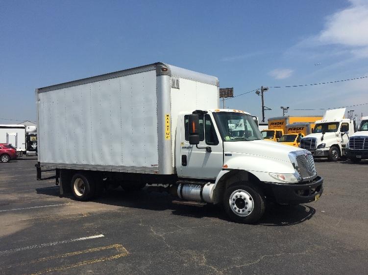 Medium Duty Box Truck-Light and Medium Duty Trucks-International-2012-4300LP-LINDEN-NJ-267,312 miles-$20,250