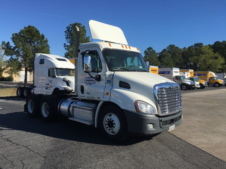 Day Cab Tractor-Heavy Duty Tractors-Freightliner-2012-Cascadia 11364ST-LITTLE ROCK-AR-200,649 miles-$45,750