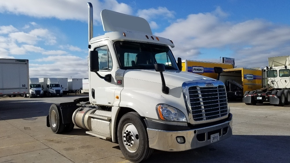 Day Cab Tractor-Heavy Duty Tractors-Freightliner-2012-Cascadia 12542ST-ALLEN PARK-MI-347,372 miles-$30,250