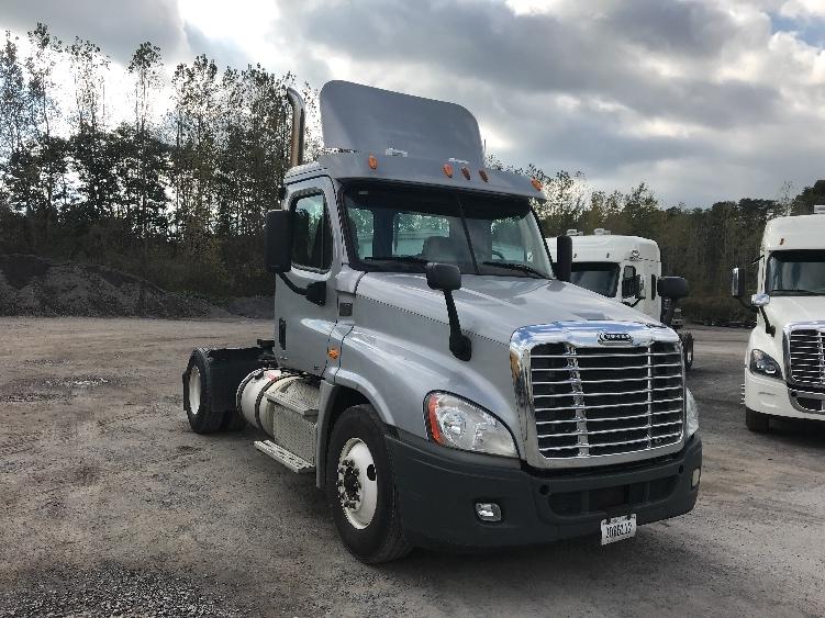 Day Cab Tractor-Heavy Duty Tractors-Freightliner-2012-Cascadia 12542ST-WHITESBORO-NY-289,032 miles-$30,000
