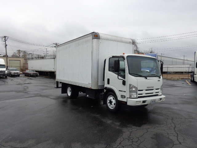 Medium Duty Box Truck-Light and Medium Duty Trucks-Isuzu-2011-NRR-SAINT LOUIS-MO-177,179 miles-$15,750