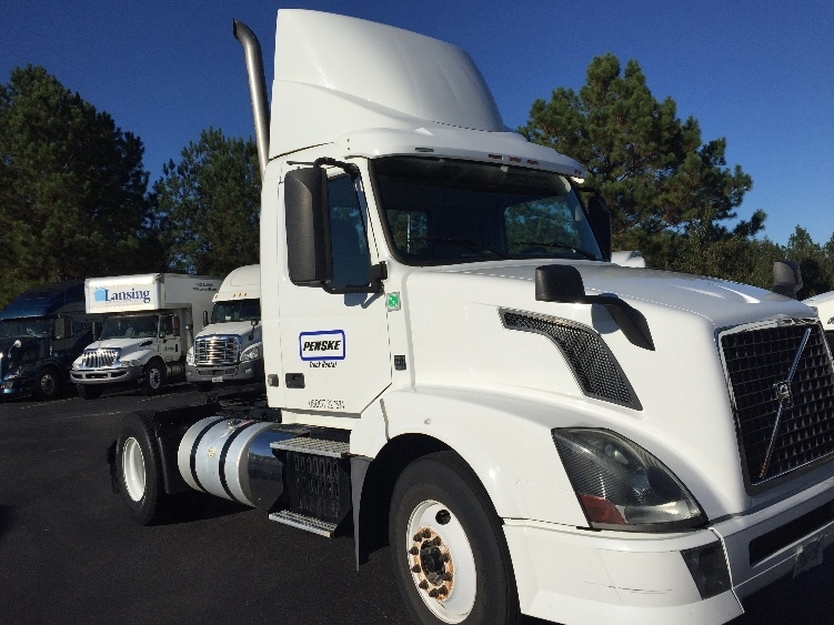 Day Cab Tractor-Heavy Duty Tractors-Volvo-2012-VNL42300-WEST COLUMBIA-SC-315,707 miles-$31,000