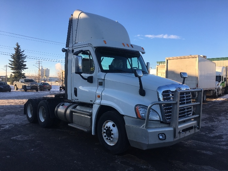 Day Cab Tractor-Heavy Duty Tractors-Freightliner-2012-Cascadia 12564ST-CALGARY-AB-566,626 km-$55,250