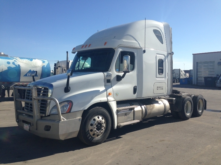Sleeper Tractor-Heavy Duty Tractors-Freightliner-2012-Cascadia 12564ST-CALGARY-AB-798,359 km-$43,750