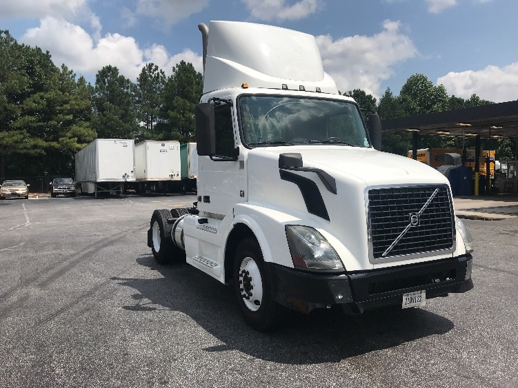 Day Cab Tractor-Heavy Duty Tractors-Volvo-2012-VNL42300-DULUTH-GA-374,023 miles-$27,500