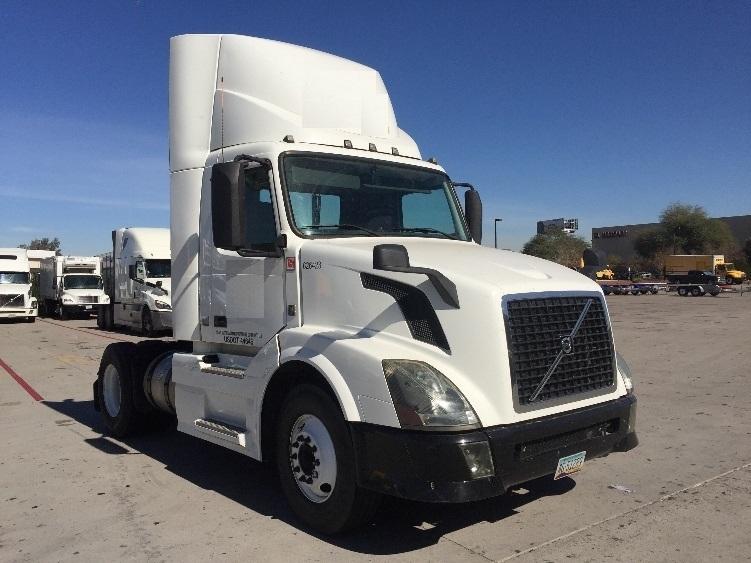 Day Cab Tractor-Heavy Duty Tractors-Volvo-2012-VNL42300-PHOENIX-AZ-277,670 miles-$35,250