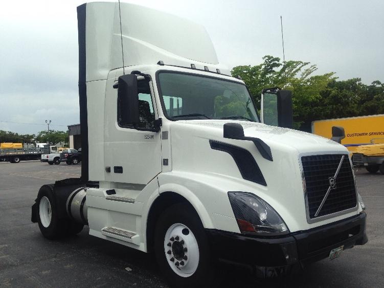 Day Cab Tractor-Heavy Duty Tractors-Volvo-2012-VNL42300-RIVIERA BEACH-FL-294,823 miles-$36,000
