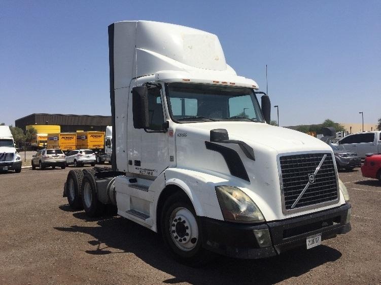 Day Cab Tractor-Heavy Duty Tractors-Volvo-2012-VNL64T300-PHOENIX-AZ-278,757 miles-$43,500