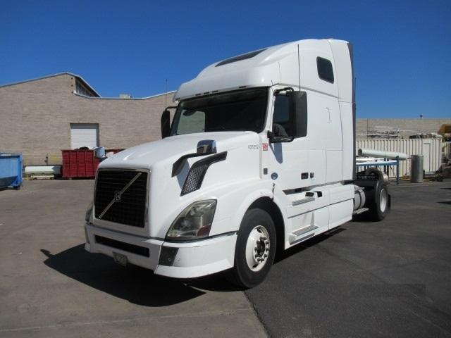 Sleeper Tractor-Heavy Duty Tractors-Volvo-2012-VNL42670-PHOENIX-AZ-478,477 miles-$36,250