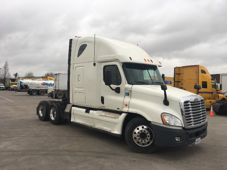 Sleeper Tractor-Heavy Duty Tractors-Freightliner-2012-Cascadia 12564ST-HOUSTON-TX-324,854 miles-$44,500