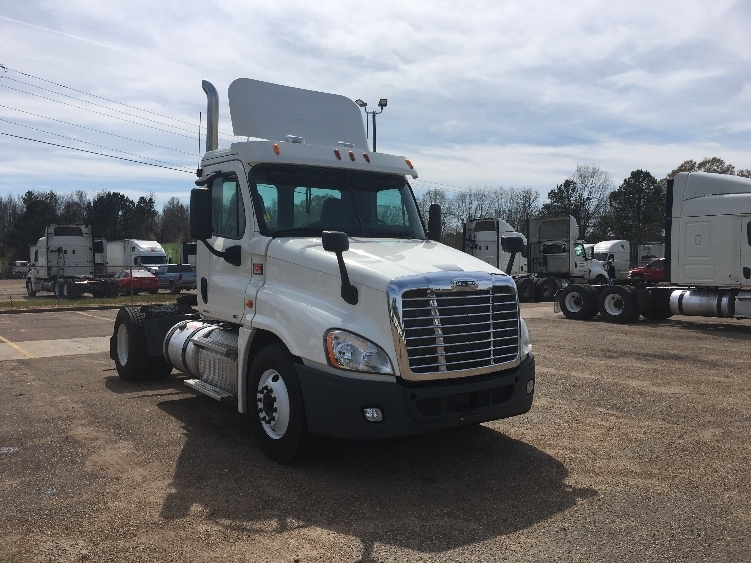 Day Cab Tractor-Heavy Duty Tractors-Freightliner-2012-Cascadia 12542ST-JACKSON-MS-674,542 miles-$28,250