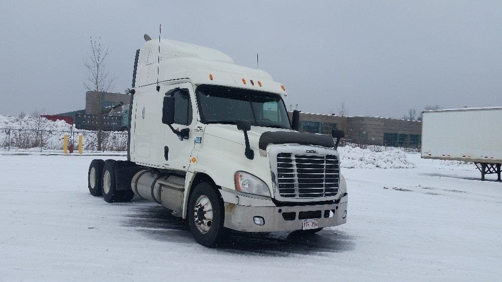 Sleeper Tractor-Heavy Duty Tractors-Freightliner-2012-Cascadia 12564ST-STE-FOY-PQ-757,120 km-$38,750