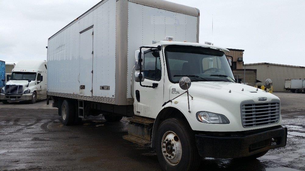 Medium Duty Box Truck-Light and Medium Duty Trucks-Freightliner-2012-M2-BOUCHERVILLE-PQ-391,462 km-$30,750