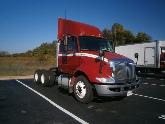 Day Cab Tractor-Heavy Duty Tractors-International-2012-8600-CARLISLE-PA-213,180 miles-$41,000