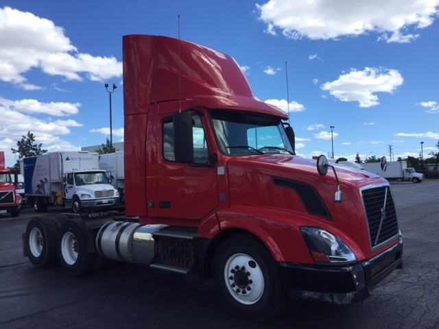 Used Day Cab Tractors For Sale In On Penske Used Trucks