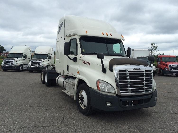 Sleeper Tractor-Heavy Duty Tractors-Freightliner-2012-Cascadia 12564ST-SAGINAW-MI-569,495 miles-$40,500