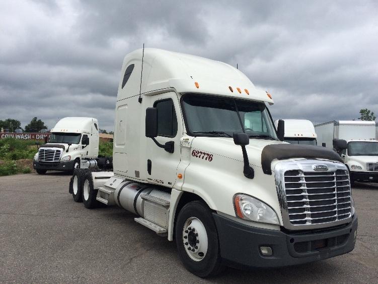 Sleeper Tractor-Heavy Duty Tractors-Freightliner-2012-Cascadia 12564ST-FLINT-MI-646,051 miles-$31,000