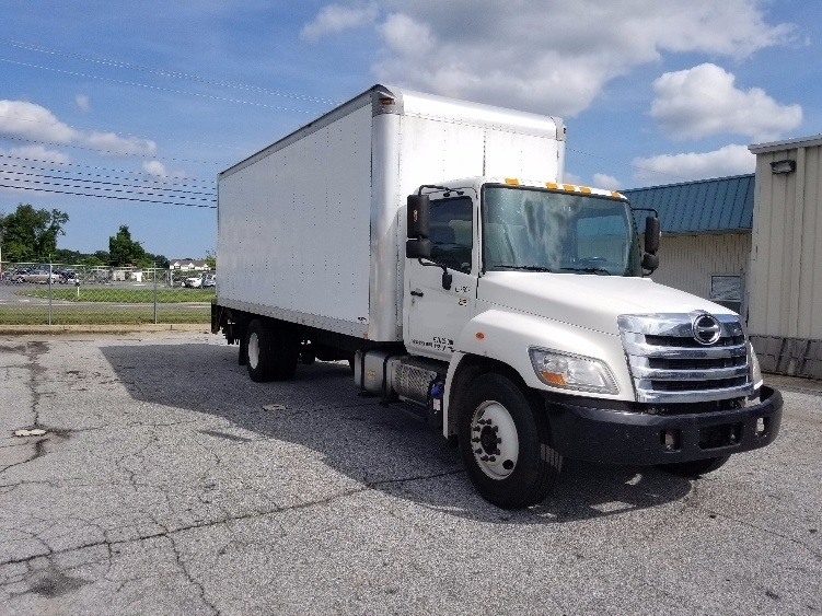 Medium Duty Box Truck-Light and Medium Duty Trucks-Hino-2013-268-MILFORD-DE-205,035 miles-$31,750