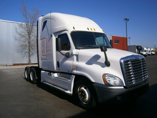 Sleeper Tractor-Heavy Duty Tractors-Freightliner-2012-Cascadia 12564ST-TORONTO-ON-709,203 km-$47,000