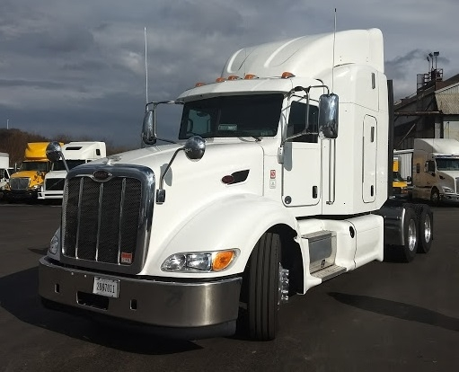 Sleeper Tractor-Heavy Duty Tractors-Peterbilt-2012-386-CHICAGO RIDGE-IL-269,820 miles-$53,500
