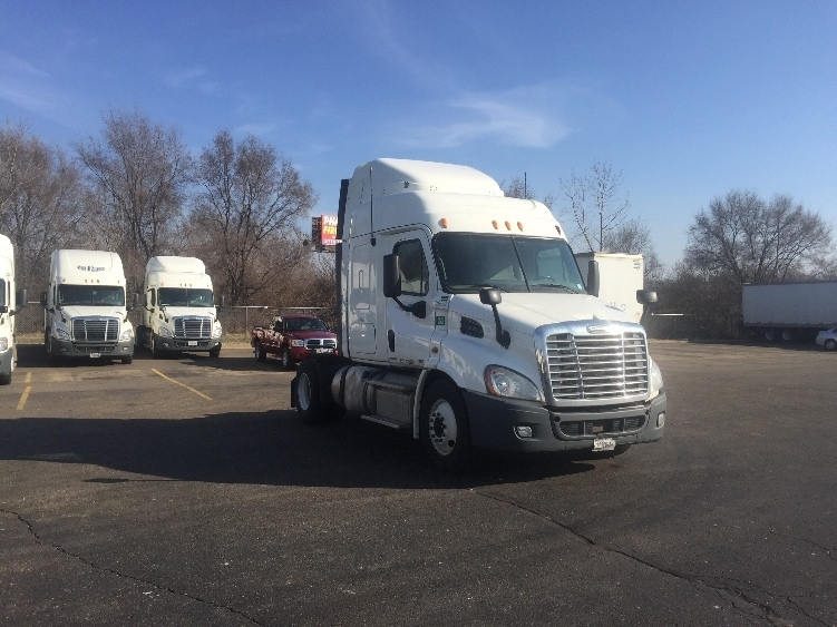 Sleeper Tractor-Heavy Duty Tractors-Freightliner-2012-Cascadia 11342ST-MIDDLEFIELD-OH-484,650 miles-$40,750