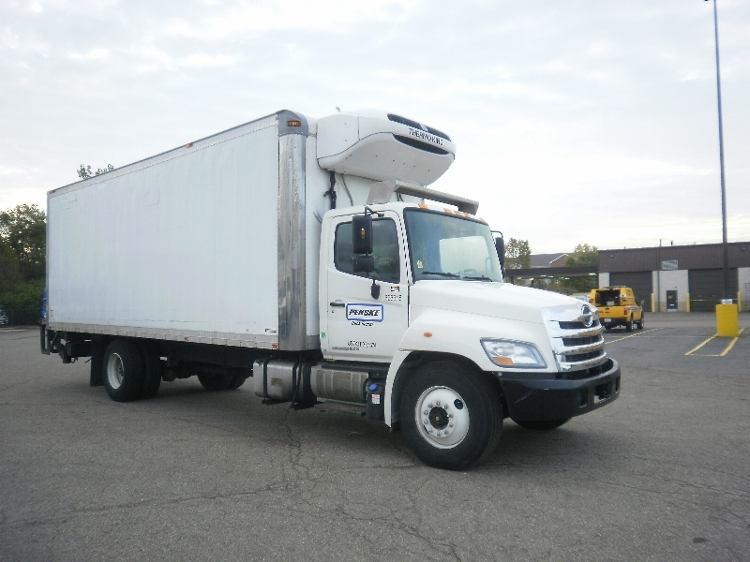 Reefer Truck-Light and Medium Duty Trucks-Hino-2012-338-AKRON-OH-164,109 miles-$36,000