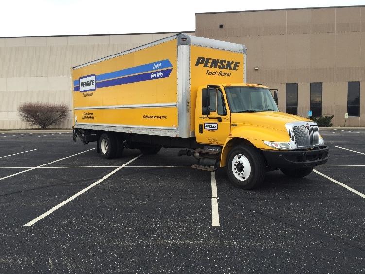 Medium Duty Box Truck-Light and Medium Duty Trucks-International-2012-4300-ROSEVILLE-MN-161,973 miles-$26,000