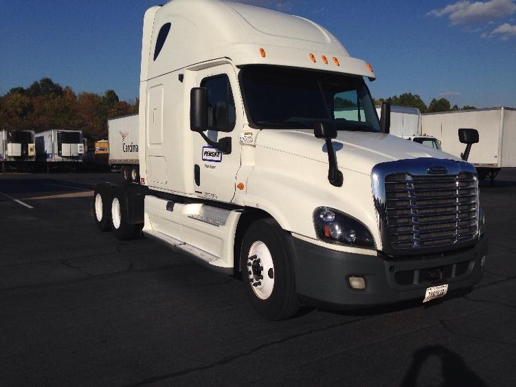 Sleeper Tractor-Heavy Duty Tractors-Freightliner-2012-Cascadia 12564ST-LITTLE ROCK-AR-406,622 miles-$48,750