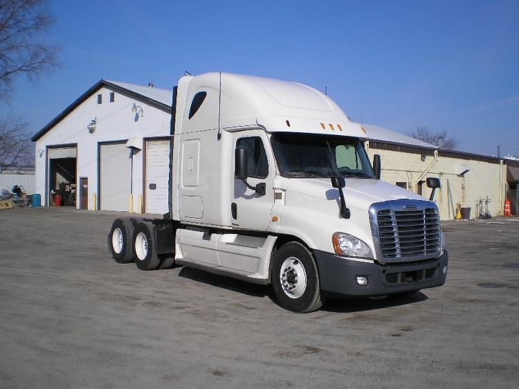 Sleeper Tractor-Heavy Duty Tractors-Freightliner-2012-Cascadia 12564ST-ST CLOUD-MN-482,751 miles-$36,500