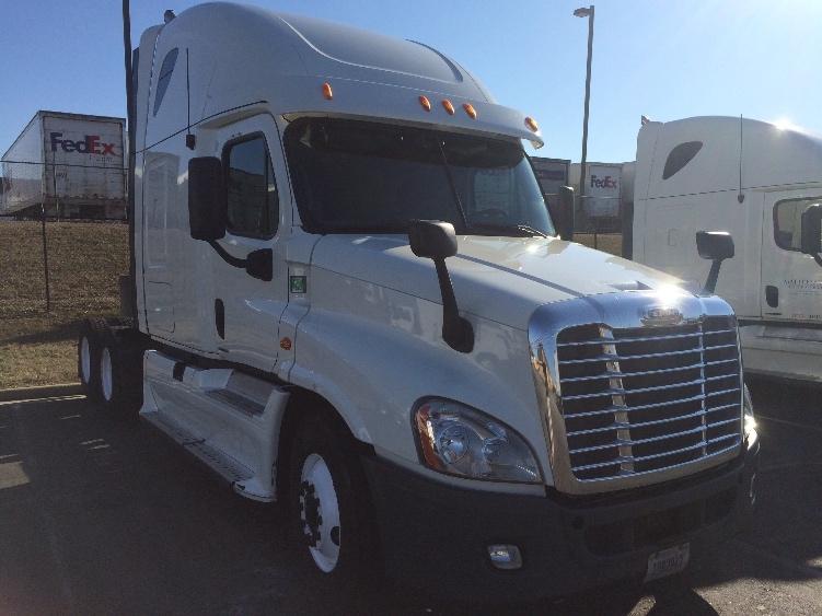 Sleeper Tractor-Heavy Duty Tractors-Freightliner-2012-Cascadia 12564ST-CHESTER-VA-525,554 miles-$35,250