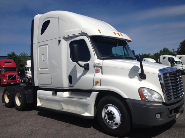 Sleeper Tractor-Heavy Duty Tractors-Freightliner-2012-Cascadia 12564ST-CHESAPEAKE-VA-507,752 miles-$39,750