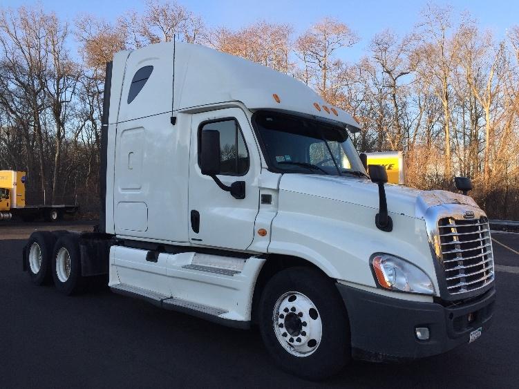 Sleeper Tractor-Heavy Duty Tractors-Freightliner-2012-Cascadia 12564ST-BRAINTREE-MA-209,313 miles-$49,000