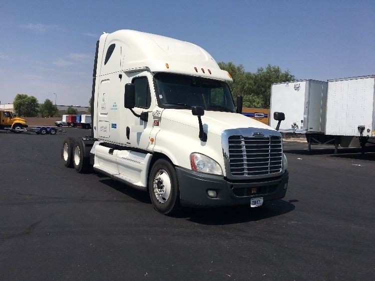 Sleeper Tractor-Heavy Duty Tractors-Freightliner-2012-Cascadia 12564ST-LAS VEGAS-NV-563,646 miles-$43,000