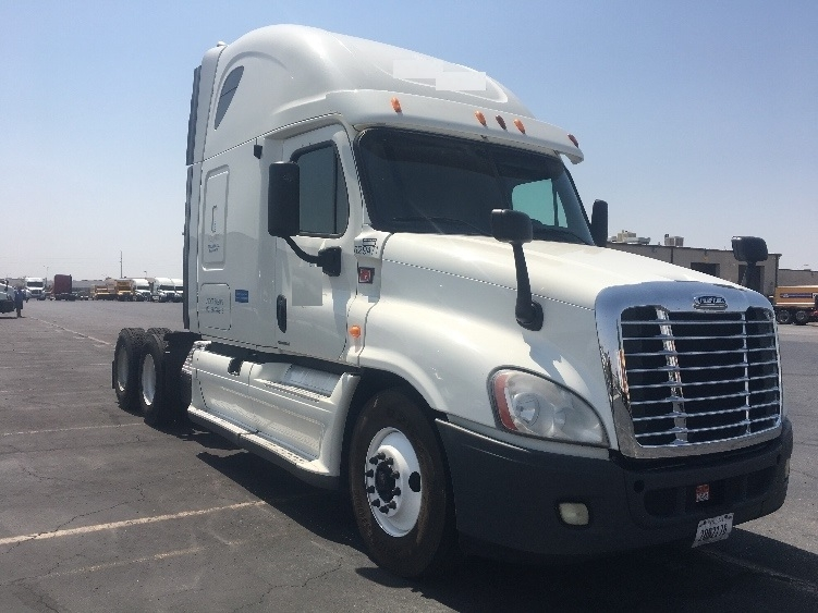 Sleeper Tractor-Heavy Duty Tractors-Freightliner-2012-Cascadia 12564ST-NORTH LAS VEGAS-NV-515,433 miles-$43,750
