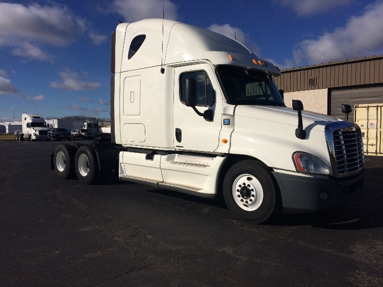 Sleeper Tractor-Heavy Duty Tractors-Freightliner-2012-Cascadia 12564ST-RICHMOND-IN-721,765 miles-$32,750