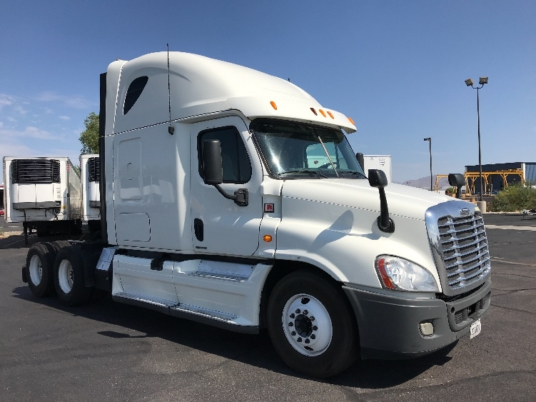 Sleeper Tractor-Heavy Duty Tractors-Freightliner-2012-Cascadia 12564ST-LAS VEGAS-NV-565,150 miles-$43,000