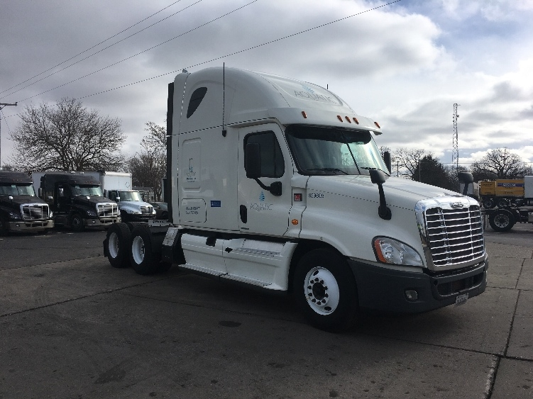 Sleeper Tractor-Heavy Duty Tractors-Freightliner-2012-Cascadia 12564ST-ELKHART-IN-521,193 miles-$39,750