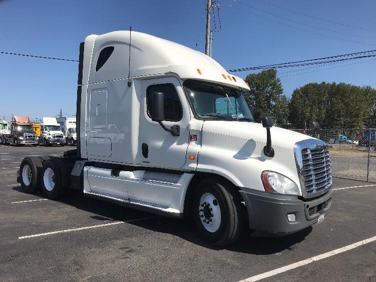Sleeper Tractor-Heavy Duty Tractors-Freightliner-2012-Cascadia 12564ST-TACOMA-WA-517,815 miles-$45,750