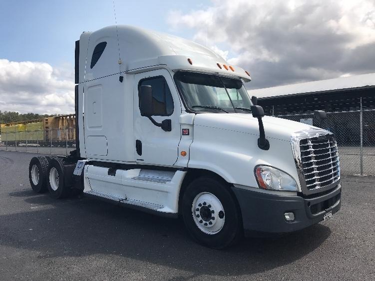 Sleeper Tractor-Heavy Duty Tractors-Freightliner-2012-Cascadia 12564ST-TACOMA-WA-453,613 miles-$47,500