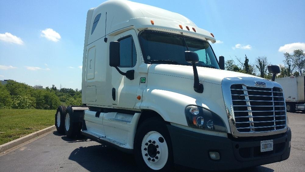 Sleeper Tractor-Heavy Duty Tractors-Freightliner-2012-Cascadia 12564ST-ERLANGER-KY-560,689 miles-$35,250