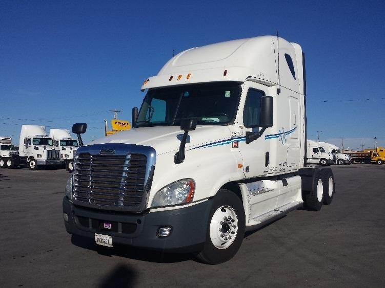 Sleeper Tractor-Heavy Duty Tractors-Freightliner-2012-Cascadia 12564ST-ORLANDO-FL-582,737 miles-$33,250