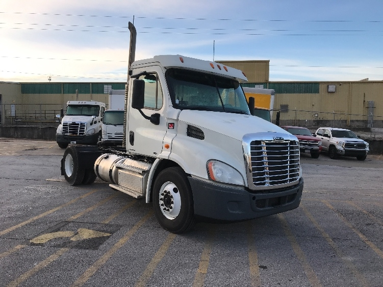 Day Cab Tractor-Heavy Duty Tractors-Freightliner-2012-Cascadia 11342ST-LOWELL-AR-367,606 miles-$30,250