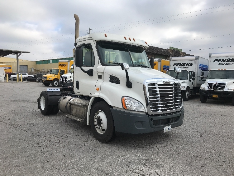 Day Cab Tractor-Heavy Duty Tractors-Freightliner-2012-Cascadia 11342ST-LOWELL-AR-311,762 miles-$31,750