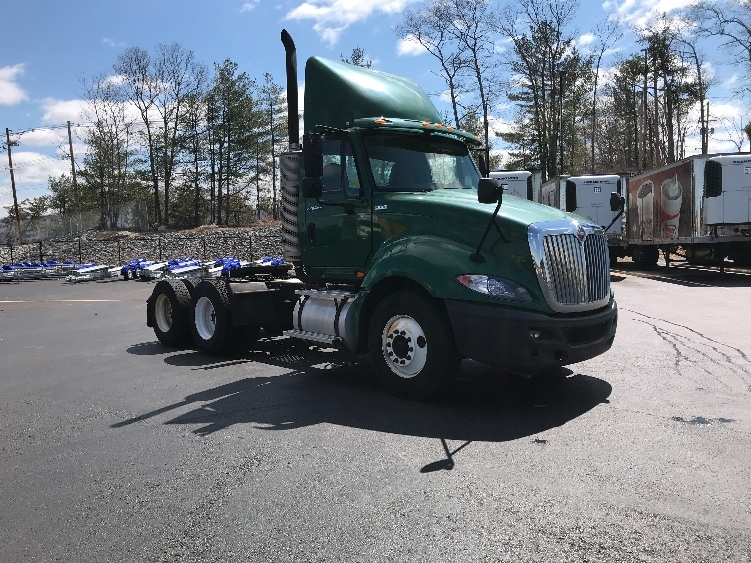 Day Cab Tractor-Heavy Duty Tractors-International-2012-ProStar-NORTON-MA-141,267 miles-$20,000