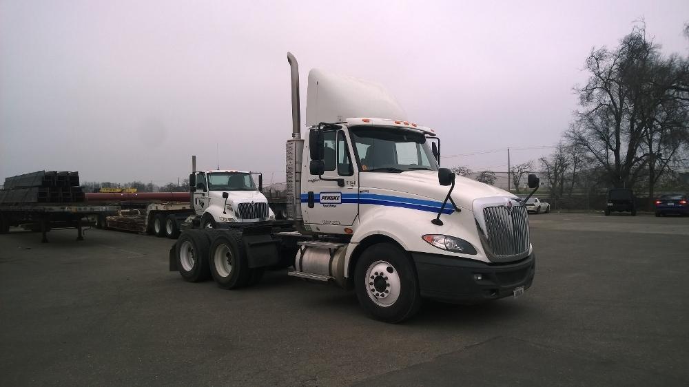 Day Cab Tractor-Heavy Duty Tractors-International-2012-ProStar-SACRAMENTO-CA-234,772 miles-$25,000