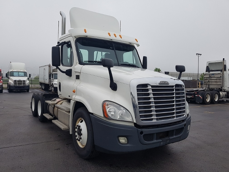 Day Cab Tractor-Heavy Duty Tractors-Freightliner-2012-Cascadia 12564ST-CAMBRIDGE-ON-416,910 km-$52,500