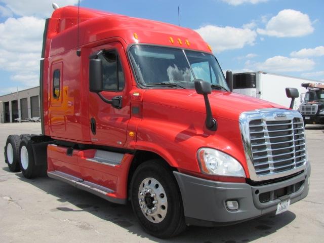 Sleeper Tractor-Heavy Duty Tractors-Freightliner-2012-Cascadia 12564ST-OMAHA-NE-430,438 miles-$46,000