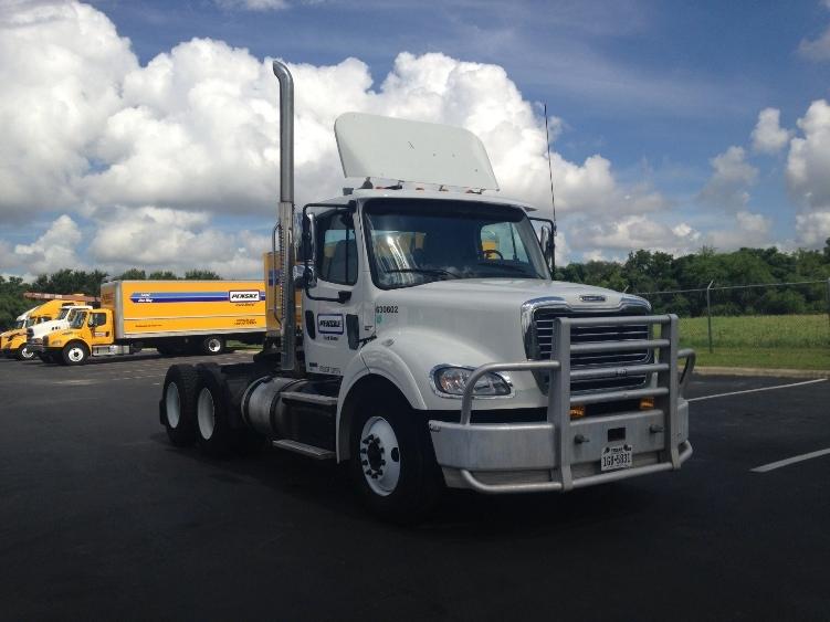 Day Cab Tractor-Heavy Duty Tractors-Freightliner-2012-M211264S-SAN ANTONIO-TX-457,746 miles-$33,000